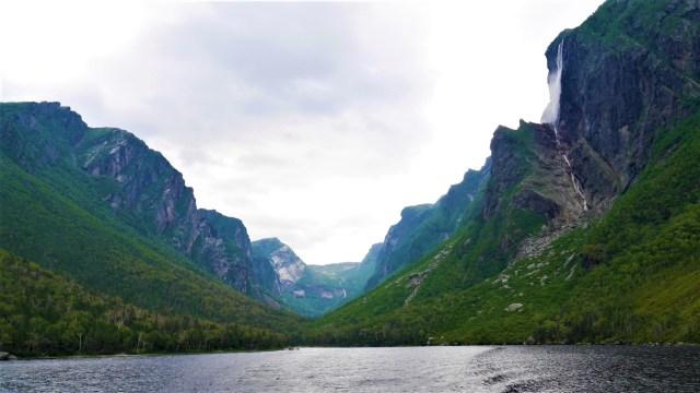 Etang Western Brook Pond Terre-Neuve Canada blog voyage Arpenter le chemin