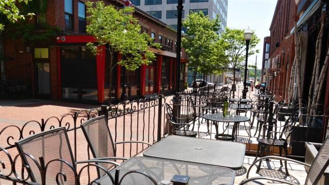 Kanpai restaurant terrasse patio downtown moncton centre-ville