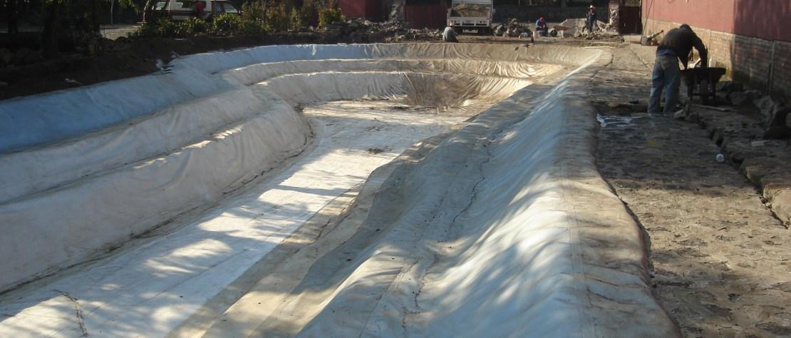 Lago Artificial Recubierto con GMB de PVC