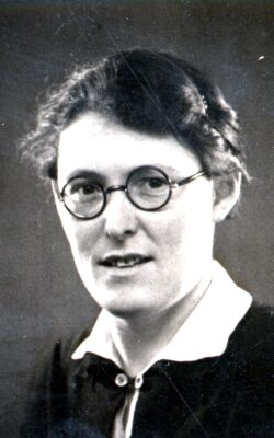 María Reiche Neumann: a modo de homenaje a la insigne investigadora de las lineas de Nasca