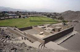Discover-mummified-pre-inca-baby-Puruchuco-Huaquerone-61