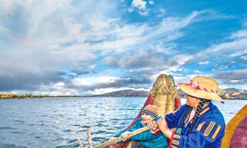 LOS UROS; El pueblo del Titicaca, Puno