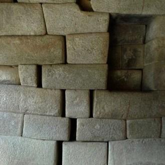 Terremoto registrado en 1450 aproximadamente provocó la separación de rocas en Machu Picchu.