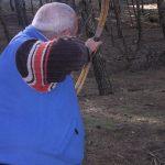 Pepe y su arco tradicional, tradicional