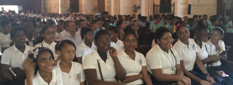 Cientos de jóvenes de la Zona Pastoral Oriental Sur acuden a celebrar  Jubileo de los estudiantes