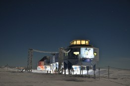 Halley VI Research Station image © Antony Dubber