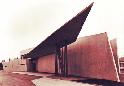 ARQUIMASTERcomar  Obras destacadas Cuartel de Bomberos Vitra por ZAHA HADID  Web de arquitectura y diseo