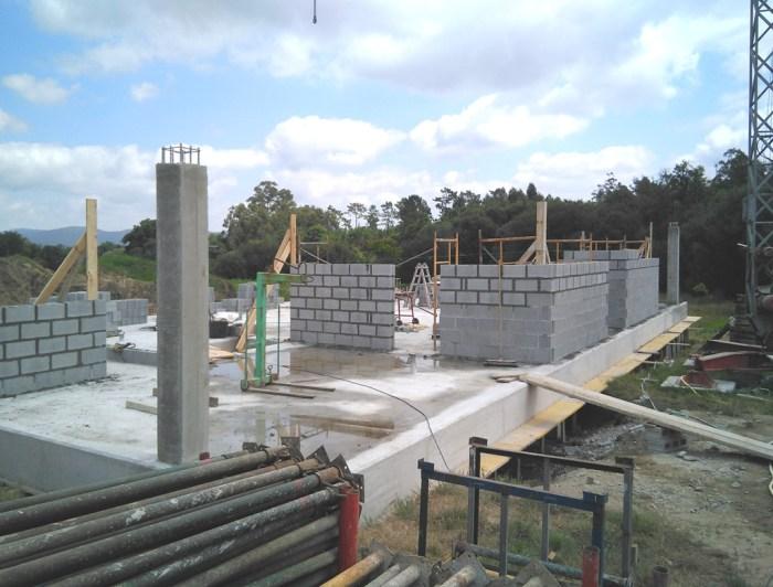 obra-casa-arquitecto-santiago-compostela-planta-baja-forjado-sanitario-hormigon-visto-estudio de arquitectura