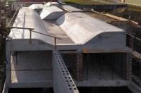 casa-santiago-compostela-arquitecto-curras-vigo-cubierta-luz-natural-claristorios-volumenes