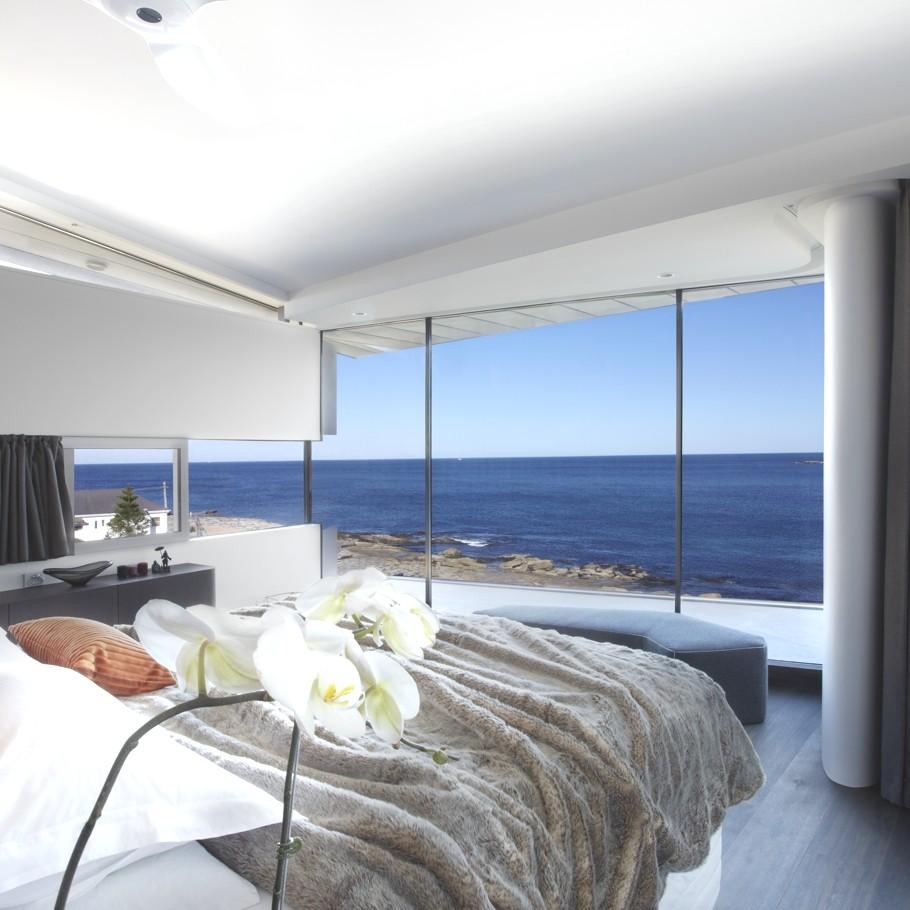 Esta casa frente al mar aprovecha su diseo moderno para