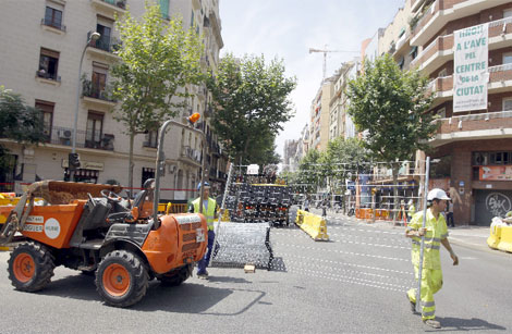 Las obras en la calle Mallorca. | Efe