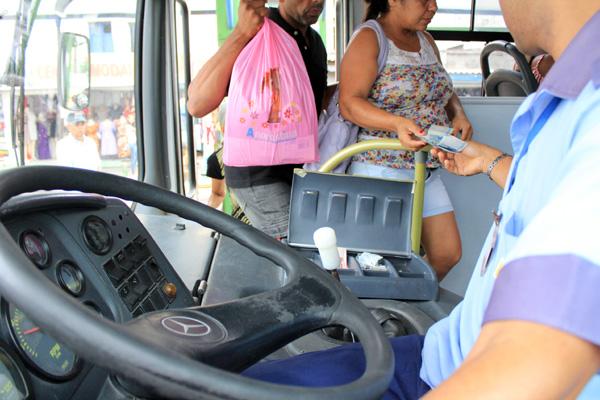 Empresas terão cinco anos para acabar com dupla função de motoristas