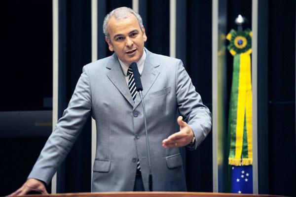 Deputado Júlio Delgado quer concorrer pelo PSB