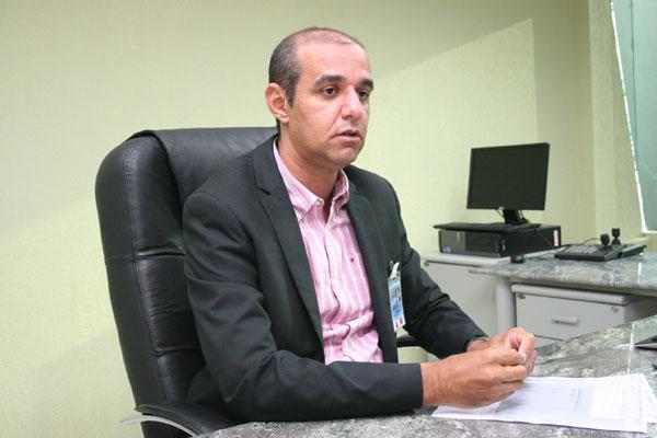 Usiel Vieira, da Infraero, aguarda comunicado oficial sobre voos