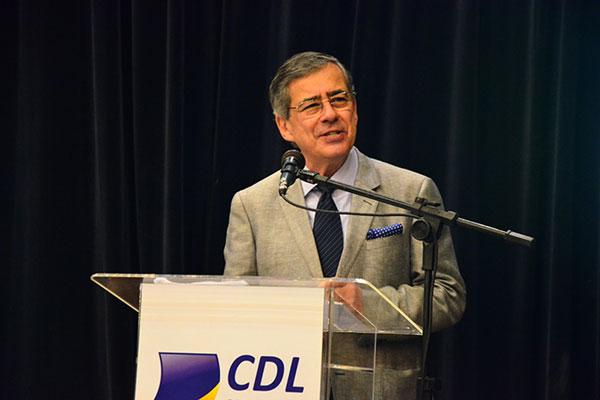 O jornalista fez palestra no lançamento da Liquida Natal, campanha que segue até 9 de setembro