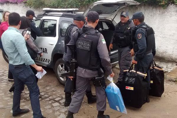 Material apreendido será levado para sede do Ministério Público