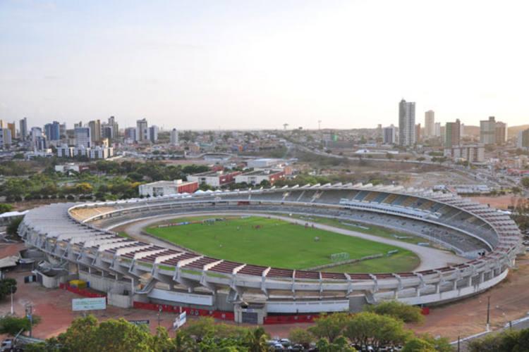O processo de demolição do estádio Machadão já está em discussão, não está definido ainda, mas há possibilidade que seja mecânico