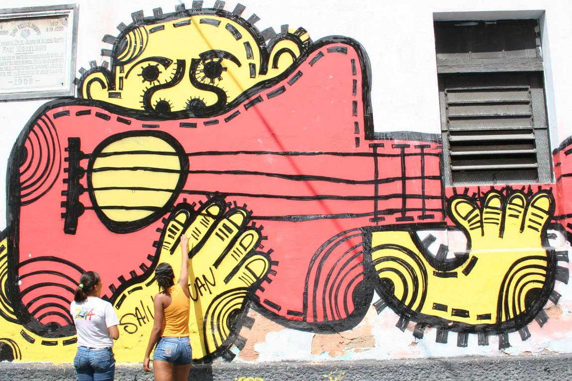 Para os grafiteiros, os muros da cidade são como telas e o grafite uma forma de expressão artística