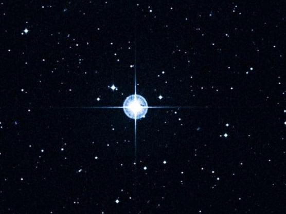 estrela-hd-140283