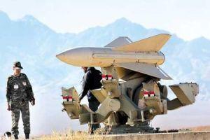 ARN0012004001511216_Iran_Pamerkan_Senjata