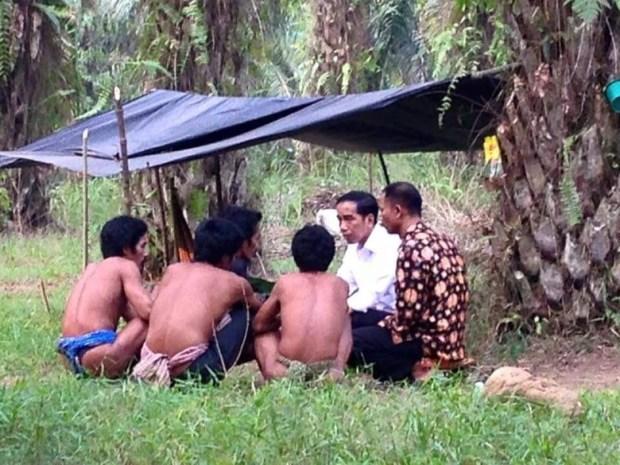 Jokowi dan Suku Anak dalam Jambi 2