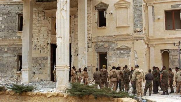 pasukan Suriah di Palmyra