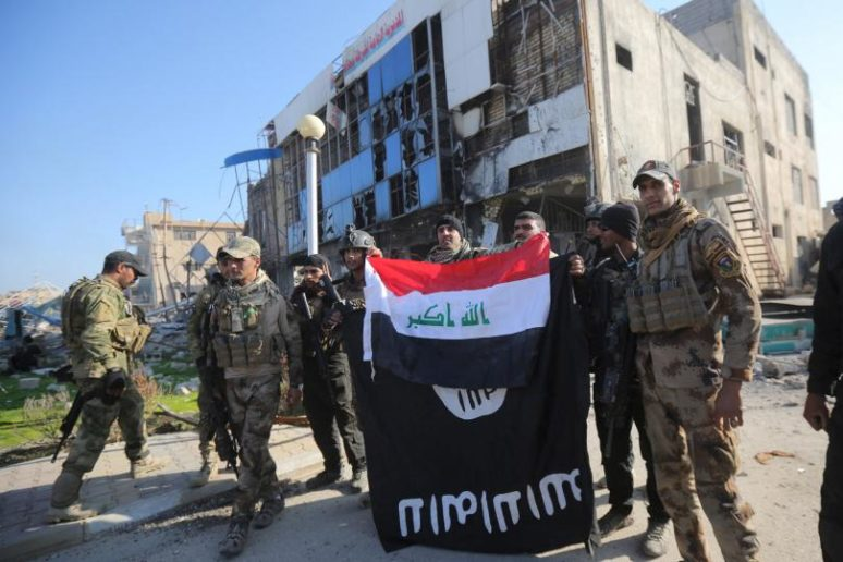 Iraqi-Army-ISIS-flag-774×516