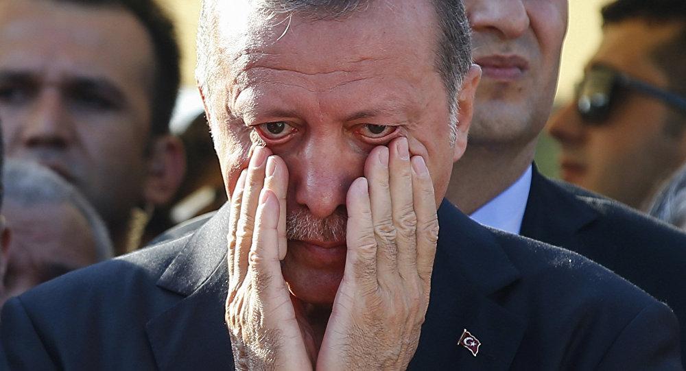 Erdogan Tak Akan Bertahan