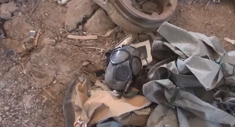 Senjata dan Masker Gas Kimia Buatan NATO Ditemukan di Suriah