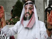Meme Gambar Putra Mahkota Saudi berlumuran darah