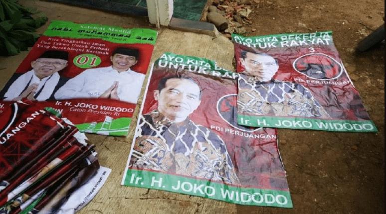 Usai 'Raja Jokowi, Timses Temukan APK Dipasing di Masjid Daerah Garut