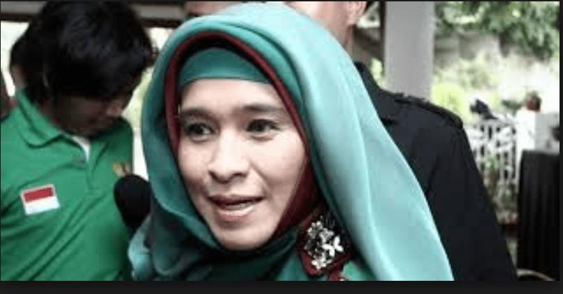 "Eko Kuntadhi ""Semprot' Neno 'Minta Sumbangan Aja Pakai Kata Jihad'"