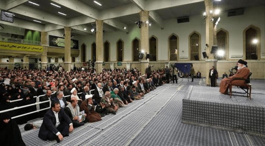 Ali Khamenei: AS Terlibat Kejahatan Bertahun-tahun Saudi di Yaman