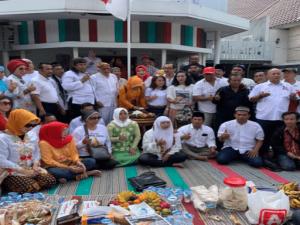 Relawan KAreb's Surabaya Rayakan Hari Kartini dan Tasyakuran Kemenangan Jokowi