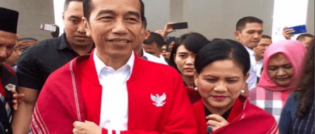 Presiden Jokowi dan Ibu Iriana