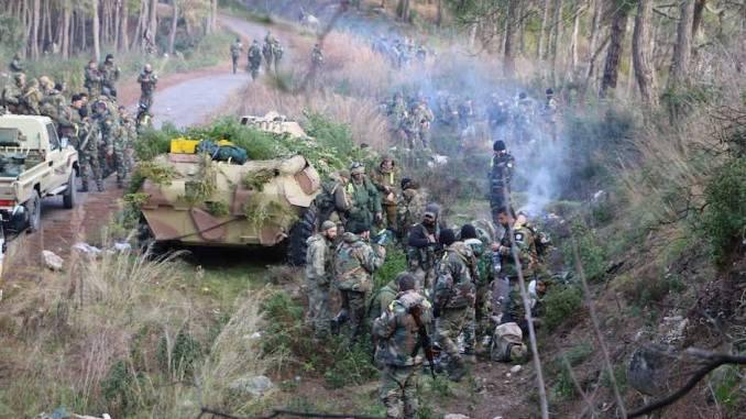 Tentara Suriah di Latakia
