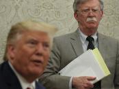 Donald Trump danJohn Bolton