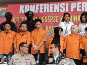 Pelantikan Jokowi, Kriminal, Dana