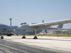 India Akan Beli Drone Canggih Israel