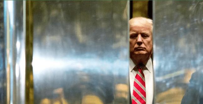 """Psikiater: Trump """"Gila"""" dan Berbahaya Bagi Amerika"""