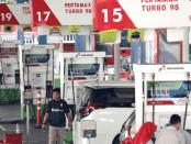 Hore! Harga BBM Hari Ini Turun dari Pertamina, Shell Hingga Total