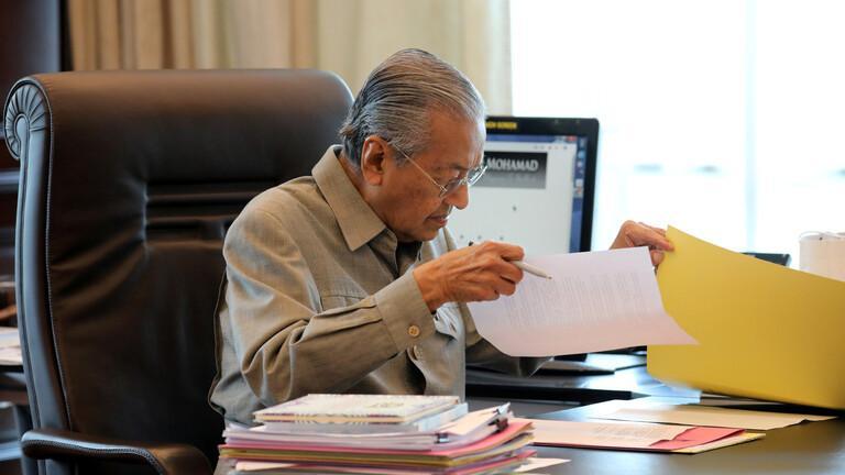 Mahathir Mohamad Dikarantina Karena Diduga Terinfeksi Corona