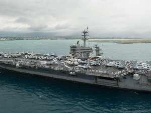 Ungkap Merebaknya Covid-19 di Kapal Induk AS, Kapten Brett Crozier Dipecat
