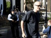 Langgar Lockdown, Penasehat PM Inggris Dilaporkan Segera Mundur