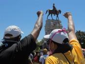 AS Siagakan Ratusan Garda Nasional di Ibukota Cegah Perusakan Monumen dari Pendemo