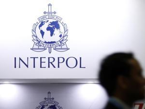 Interpol Tak Penuhi Permintaan Iran untuk Tangkap Trump