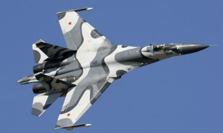 Seminggu 3 Kali Su-27 Rusia Cegat Pesawat Mata-mata AS di Laut Hitam