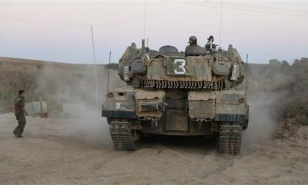 Tank-tank Israel Serang Gaza Selatan