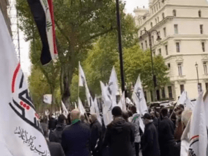 Pendemo London Kecam Campur Tangan AS di Irak