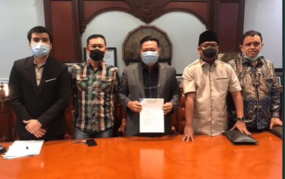 Denny Siregar Resmi Gugat Telkomsel